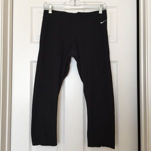 Nike Capri Workout Leggings